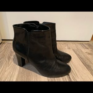 Genuine leather bootie/ankle boot